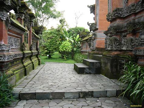 Teh Hijau Pak Jenggot jardinn tour travel taman bunga nusantara