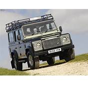 Land Rover Defender 110 Station Wagon 1990–2007 Pictures