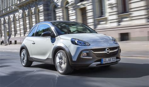 opel adam rocks opel adam rocks yourself une s 233 rie limit 233 e 224 180