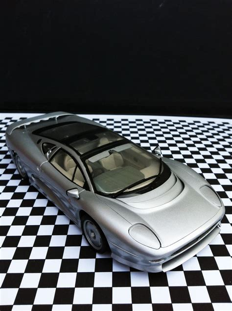 Tamiya 1 24 Jaguar Xj220 jaguar xj220 tamiya 1 24 sport cars kits jaguar xj220 and car kits