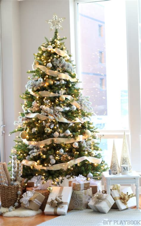 a gorgeous gold silver glamorous christmas tree