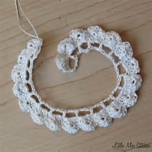 Crochet flower free pattern 3 dainty diy crochet flowers with free