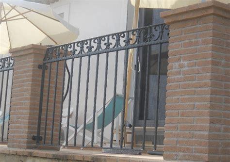 ringhiera da esterno ringhiere parapetti e scale