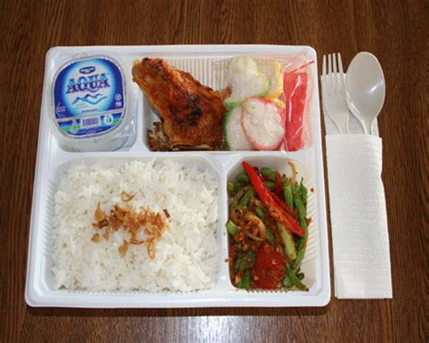 Paket Kerupuk Buah 5 Macam Kerupuk a f l a h a rice and snack box
