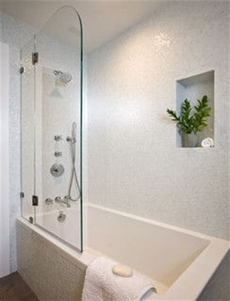 Drop In Bathtub Shower Combo by 1000 Ideas About Drop In Tub On New Homes For