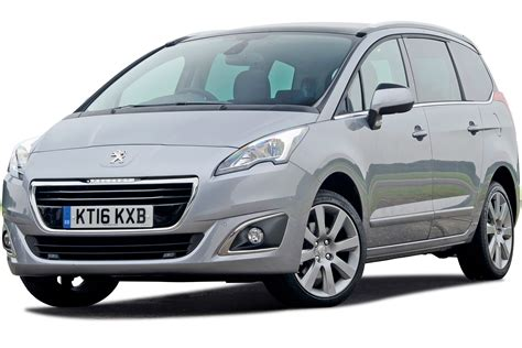 peugeot mpv 2017 peugeot 5008 mpv 2009 2017 review carbuyer