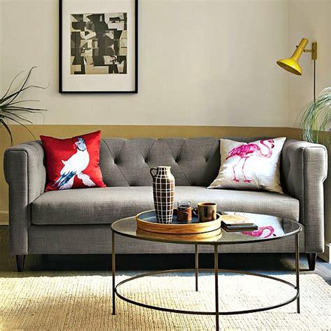 wohnzimmer zweifarbig wandfarben ideen und beispiele welche farben passen in