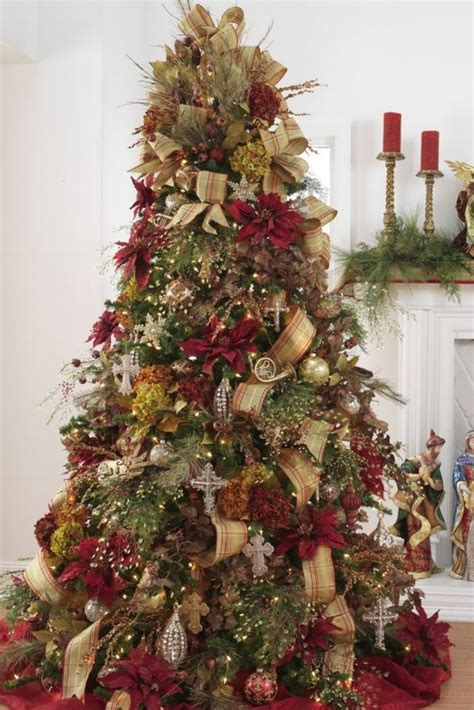 decorated christmas trees 60 gorgeously decorated christmas trees from raz imports