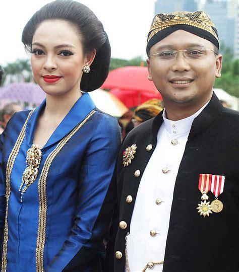 cantiknya reisa kartika runner up puteri indonesia 2010