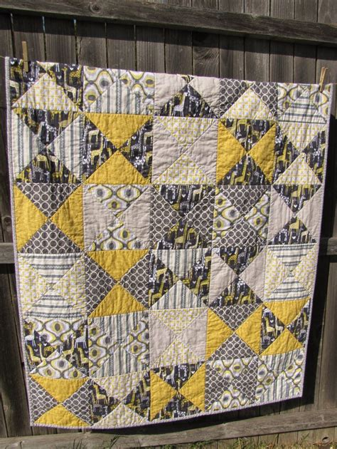 yellow quilt pattern 28 best images about gray and yellow quilts on pinterest
