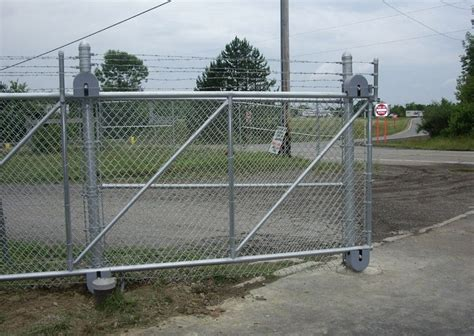 Chain Link Fence Rolling Gate ? Fence Ideas