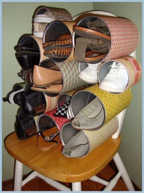 Sepatu Sandal Lu Avanger 2 Warna agar sepatumu nggak berceceran membuat 10 rak sepatu ini
