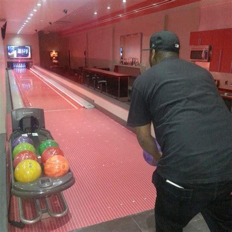 Soulja Boy Mtv Cribs by Soulja Boy Mike Go Skating Bowling At Lil Wayne S Crib