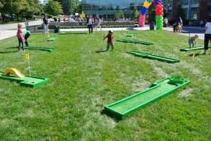 backyard mini golf game images