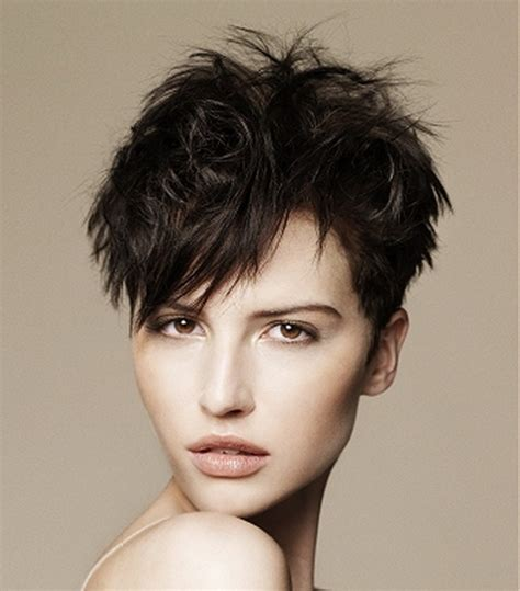 short layered very choppy hairstyles cool layered very short hairstyles trends for life and style