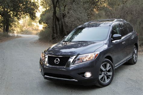 pathfinder nissan 2013 2013 nissan pathfinder review don t call it a comeback