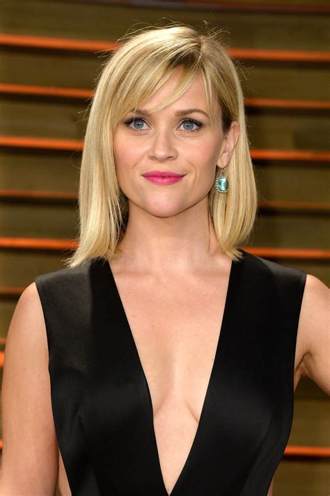 reese witherspoon angled bob more pics of reese witherspoon mid length bob 14 of 22