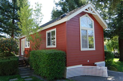 tiny homes nj top reasons why people are moving into tiny houses