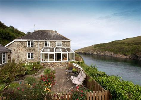 3 Bedroom House by 3 Bedroom House For Sale In Port Quin Port Isaac