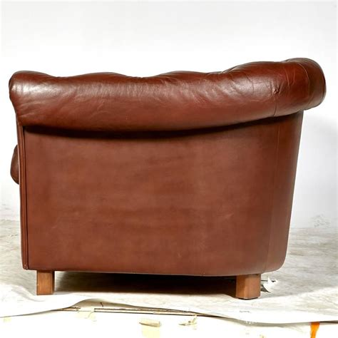 Brown Leather Chesterfield Sofa For Sale At 1stdibs Chesterfield Leather Sofas For Sale
