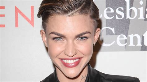 what does ruby rose neck tattoo say ruby s intriguing tattoos from boxing gloves to a