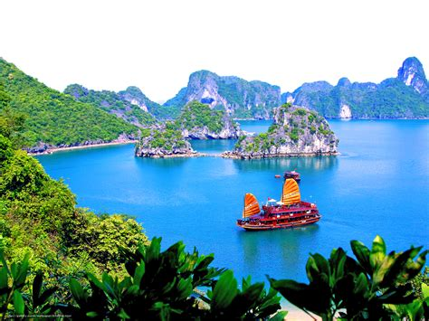 free wallpaper vietnam download wallpaper landscape vietnam halong free desktop