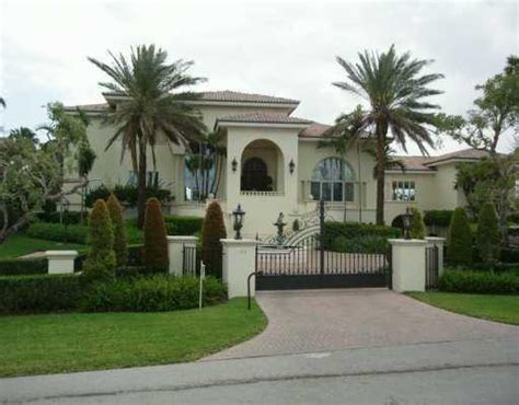 houses in miami houses in miami florida rent a house on the beach in miami florida for your holiday