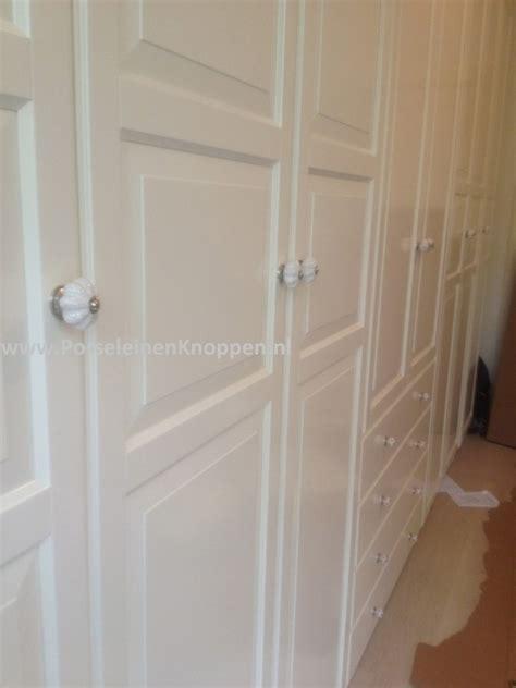 ikea deurknoppen ikea pax kast van catherine met porseleinen deurknoppen
