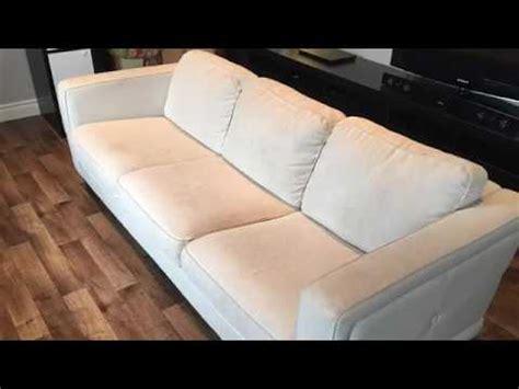 peindre un canapé en tissu peindre un divan