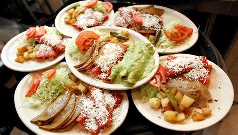 comida mexicana platillos antojitos comida para eventos en monterrey buffet de cazuelas en