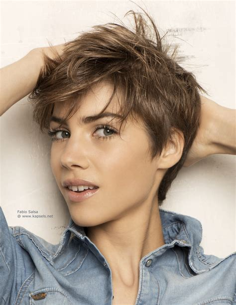 feminine short haircuts for boys feminine haircuts for men newhairstylesformen2014 com
