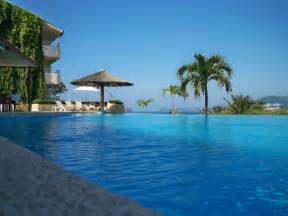 Infinity Pool 30 Jaw Dropping Infinity Pools From Around The World
