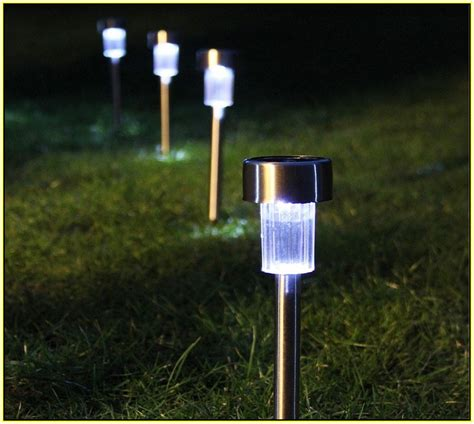 Plug And Play Garden Lighting Kits Home Design Ideas Solar Landscape Lighting Kits