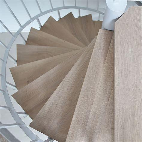 Treppengeländer Abschleifen Und Lackieren Kosten by Treppenstufen Aus Holz Treppenstufen Aus Holz Hersteller
