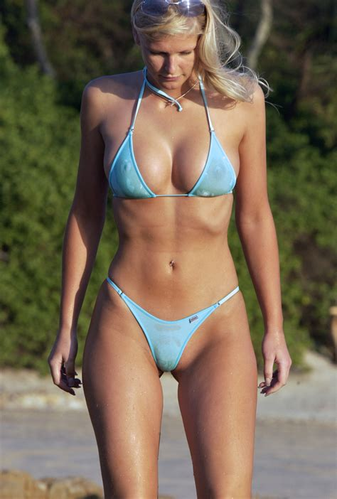 Set Soraja Grey beachdancer in see trough weasel vegas coverage
