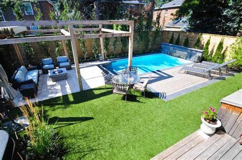 rectangle vinyl pool including arbour