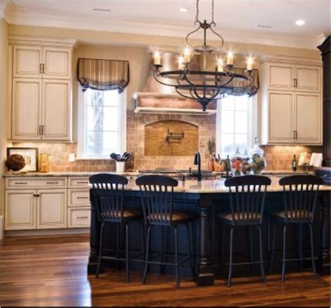 Kitchen Cabinets With White Trim by Cabinets With White Trim Cabinets