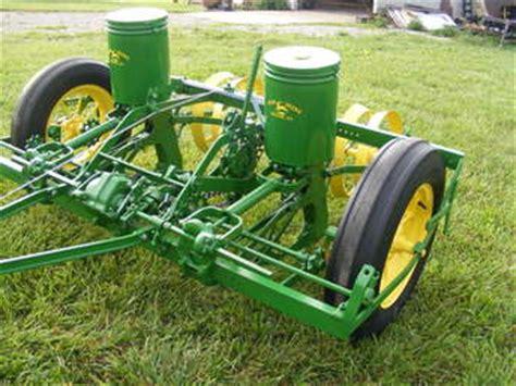 Deere 290 Planter by Deere Corn Planter 290 Tractorshed