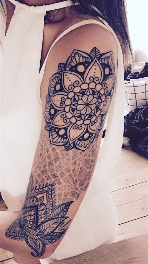 tattoo mandala vrouw henna tattoo lower arm makedes com