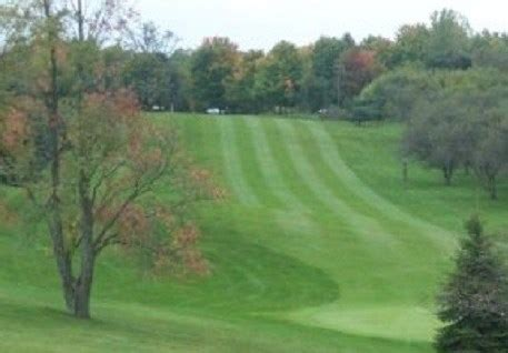 find comstock park, michigan golf courses for golf outings