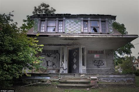 these are america s real haunted houses their