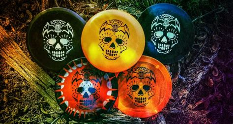 Frisbee Giveaways - innova pumpkin disc giveaway innova disc golf