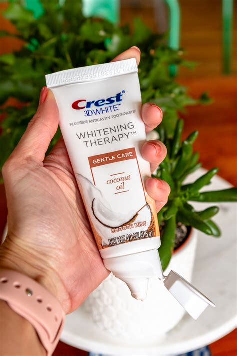 crest  white whitening therapy  charcoal