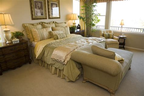 sofa at foot of bed 13 chairs for master bedrooms with photo exles