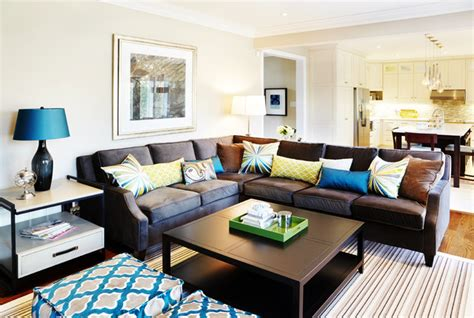 family room decor interior design and decorating traditional family room
