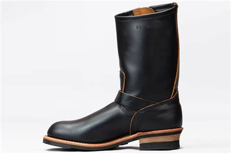 wing engineer boots wing s black klondike 2966 engineer boot now available