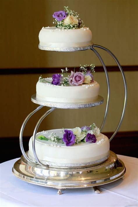 3 Tier Wedding Cake Stand   in Dalgety Bay, Fife   Gumtree