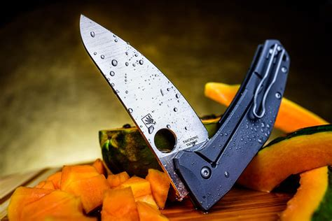 spyderco sharpmaker kitchen knives the spyderco spydiechef a versatile chef s knife in your