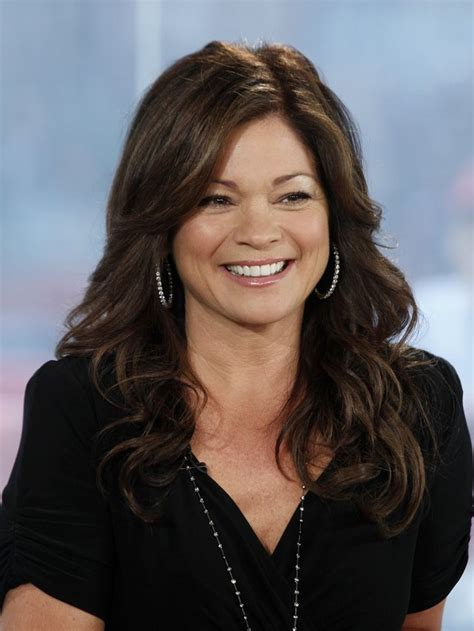 hair styles actresses from hot in cleveland fotos de valerie bertinelli