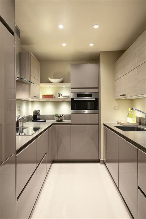 kitchen cabinets for small galley kitchen 25 best ideas about small galley kitchens on pinterest